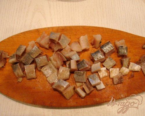 Салат из фасоли с сельдью
