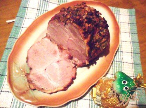 Свинина с ореховой корочкой