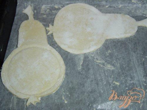 Карамелизированные груши в слойках