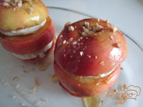 Яблоки с сыром
