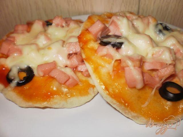 Фото приготовление рецепта: Мини-пицца шаг №6