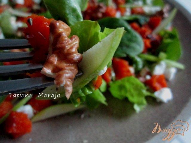 Фото приготовление рецепта: Салат с печеной тыквой шаг №5