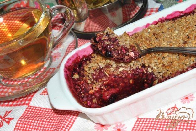 Рецепт Ягодный крамбль с овсяным штрейзелем