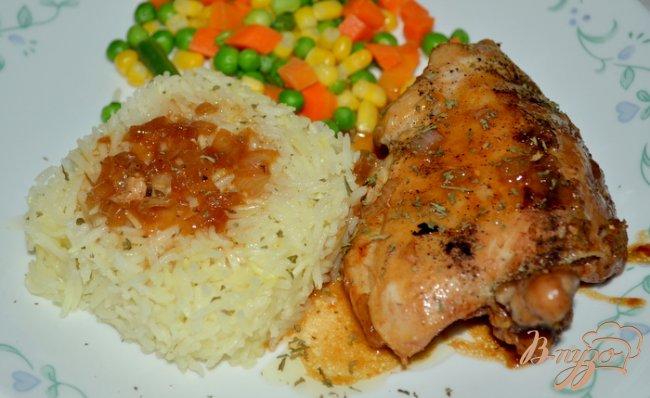 Фото приготовление рецепта: Курица с медово-пивным соусе шаг №4