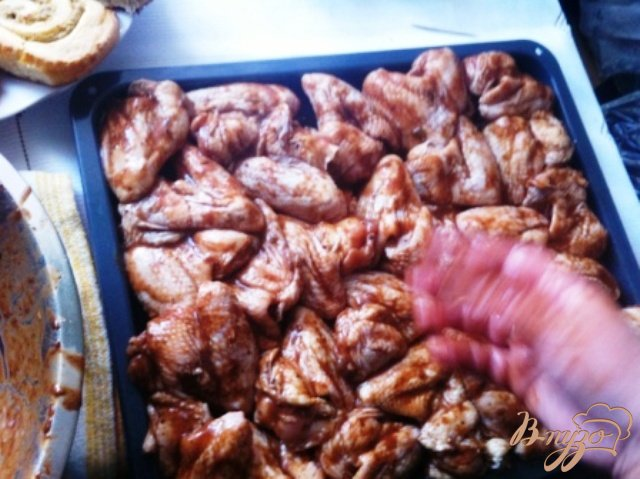 Фото приготовление рецепта: Куриные крылышки в медовом маринаде шаг №2