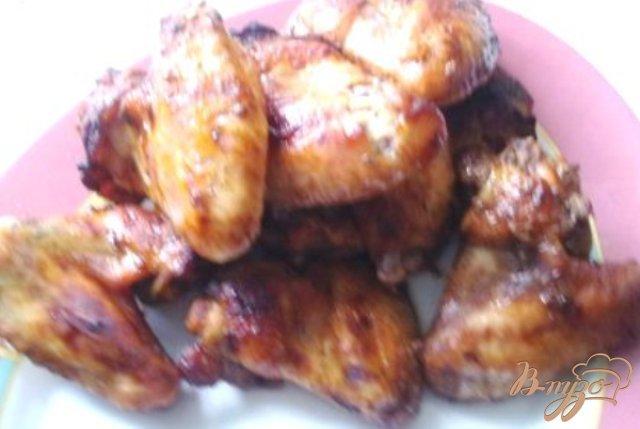 Фото приготовление рецепта: Куриные крылышки в медовом маринаде шаг №3