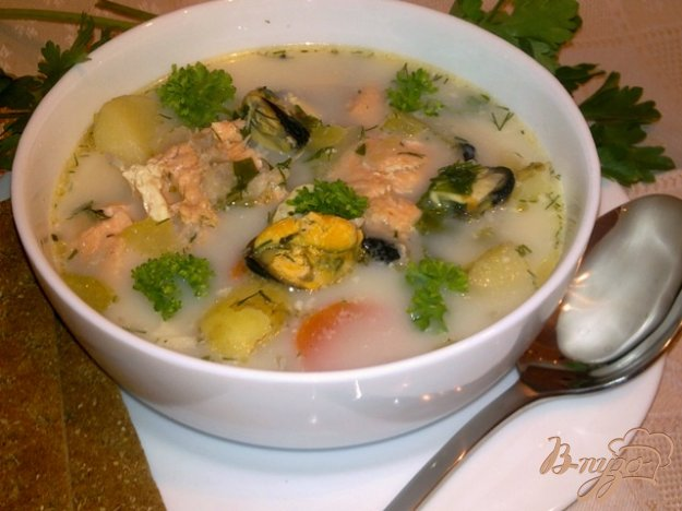 Рецепт Сливочный рыбный суп с мидиями