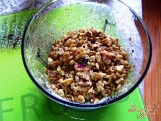Фото приготовление рецепта: Кекс с орехами, изюмом и лимоном. шаг №1