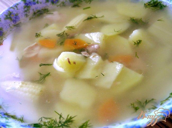 Фото приготовление рецепта: Суп с тунцом и молодой кукурузой шаг №6