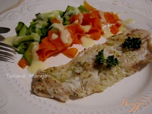 фото рецепта: Филе скумбрии с овощной пастой на пару