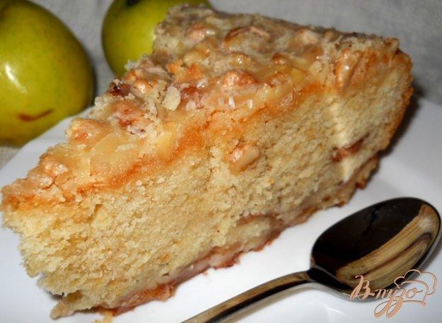 Рецепт Яблочный пирог с ореховой пропиткой