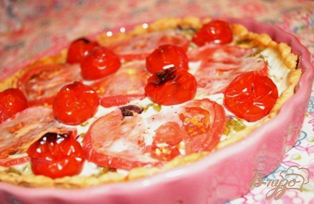 Рецепт Закусочный пирог с помидорами и сыром фета