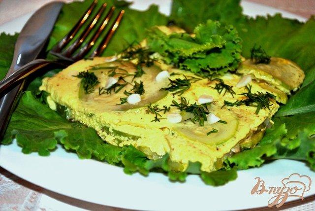 Фото приготовление рецепта: Омлет с кабачками шаг №6