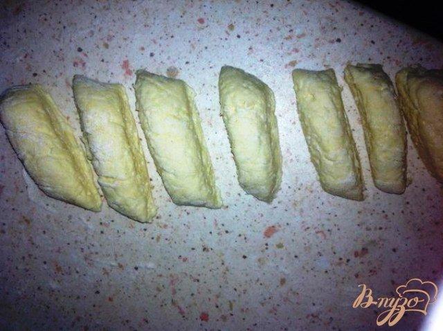 Фото приготовление рецепта: Галушки из творога шаг №4