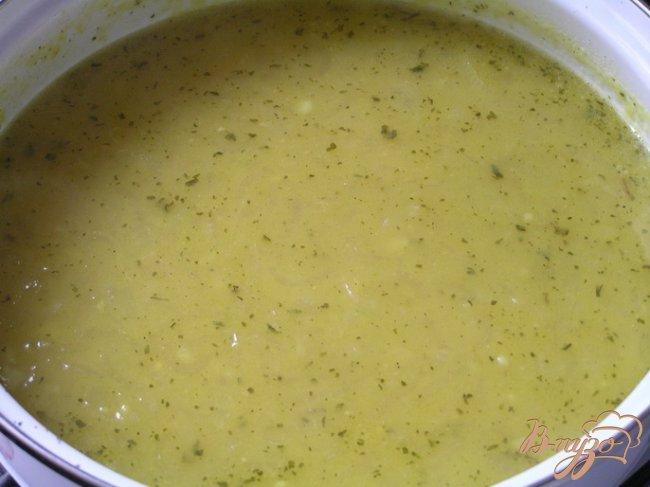 Фото приготовление рецепта: Пряный луковый суп по-персидски шаг №8