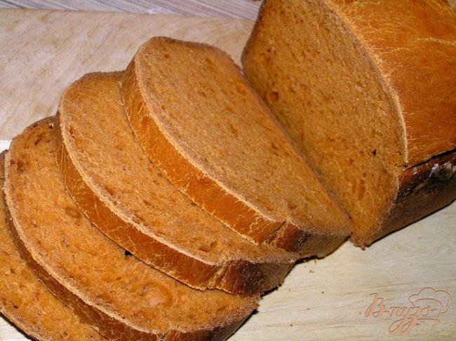 Фото приготовление рецепта: Томатный хлеб с паприкой шаг №5