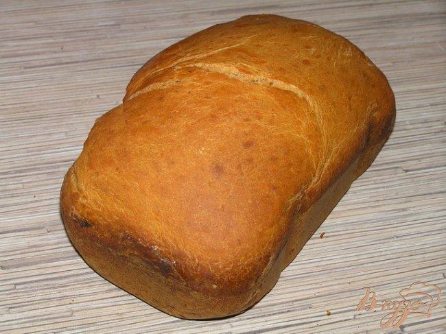Фото приготовление рецепта: Томатный хлеб с паприкой шаг №4
