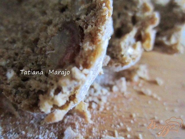 Фото приготовление рецепта: Ржаной хлеб с овсом и финиками шаг №4