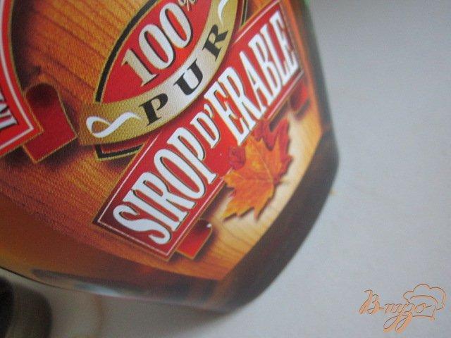 Фото приготовление рецепта: Смузи яблочный с кленовым сиропом шаг №2