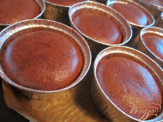 Фото приготовление рецепта: Шоколадное пирожное