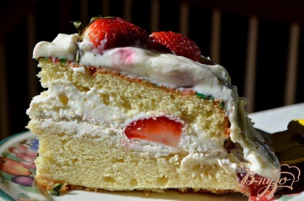 фото рецепта: Торт с клубникой