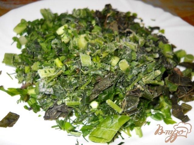 Фото приготовление рецепта: Ароматный картофель с мясом и зеленью шаг №3