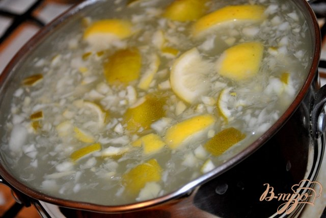 Фото приготовление рецепта: Имбирно-мятный лимонад шаг №5