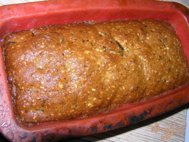 Фото приготовление рецепта: Пряный рождественский кекс (выдержка 3-6 недель) шаг №7