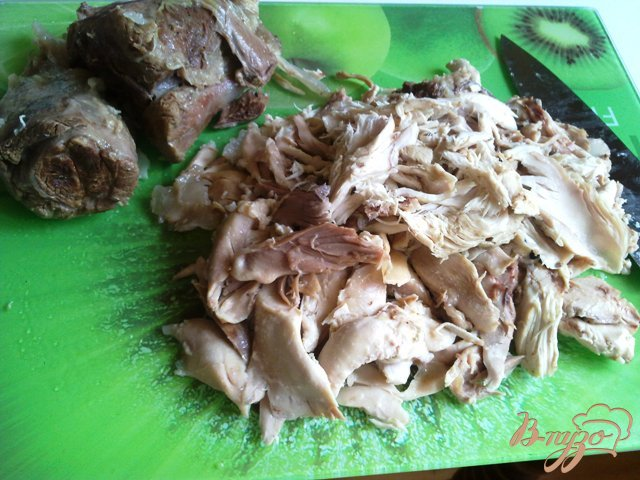 Фото приготовление рецепта: Холодец из курицы  и говядины. шаг №5