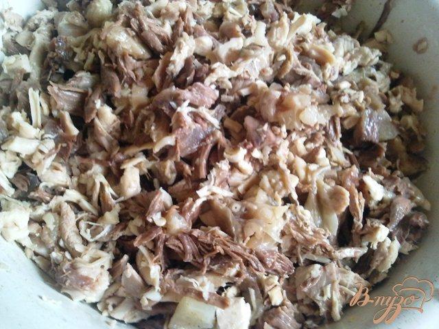 Фото приготовление рецепта: Холодец из курицы  и говядины. шаг №6