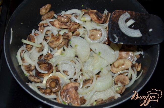 Фото приготовление рецепта: Суп с говяжьими ребрышками шаг №6