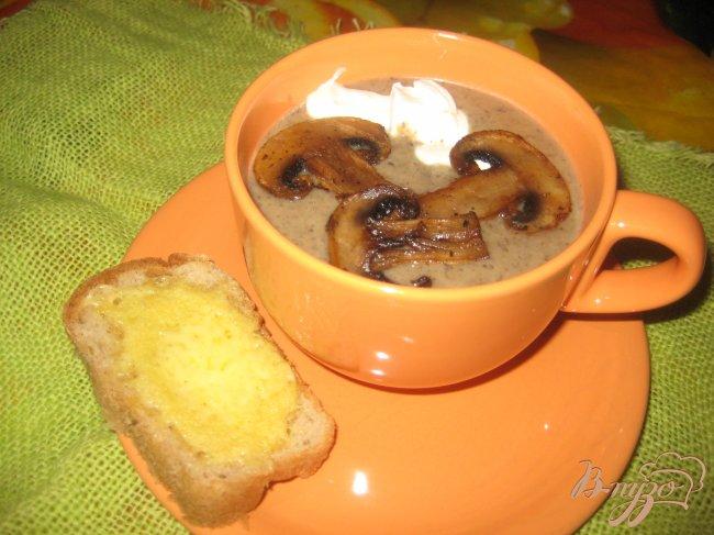 Фото приготовление рецепта: Грибной суп-пюре шаг №11