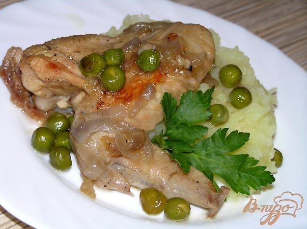 Рецепт Курица, тушеная в мартини с зеленым горошком