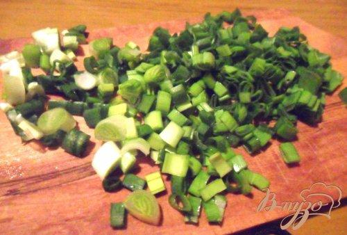 Салат из сельди, картофеля с перепелиными яйцами