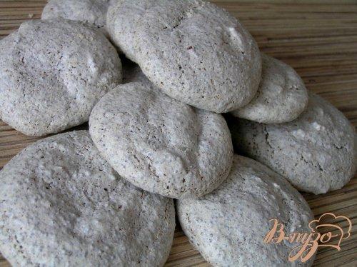 Печенье-безе с маком и шоколадом