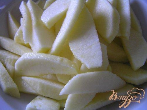 Яблоки в пряном кляре