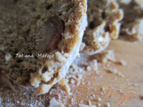 Ржаной хлеб с овсом и финиками