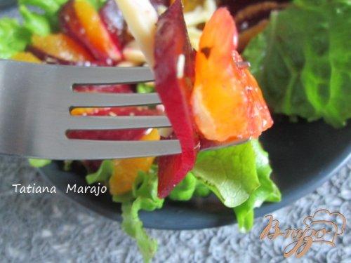 Свекольный салат с дольками апельсина