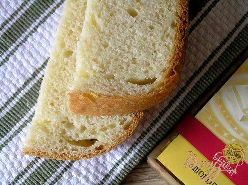 Молочный хлеб с белым шоколадом