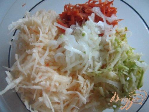 Салат из желтой репы