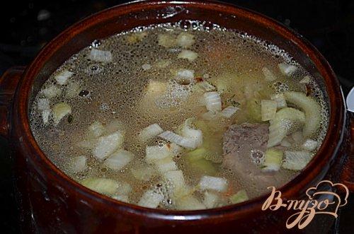 Суп с говяжьими ребрышками