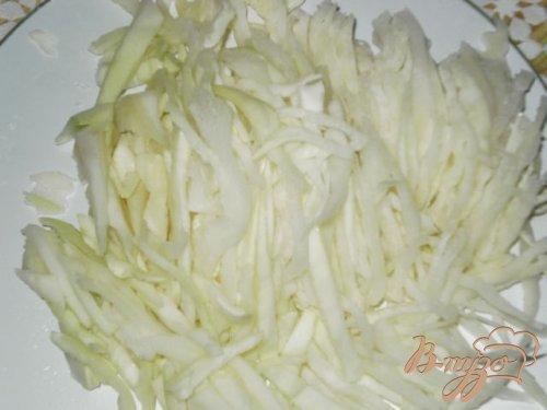 Салат из свежих овощей и ветчины