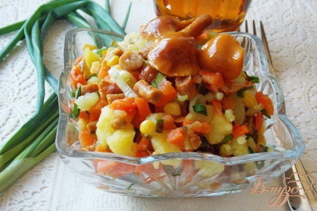 """Рецепт Овощной салат с маринованными опятами """"Дарья"""""""