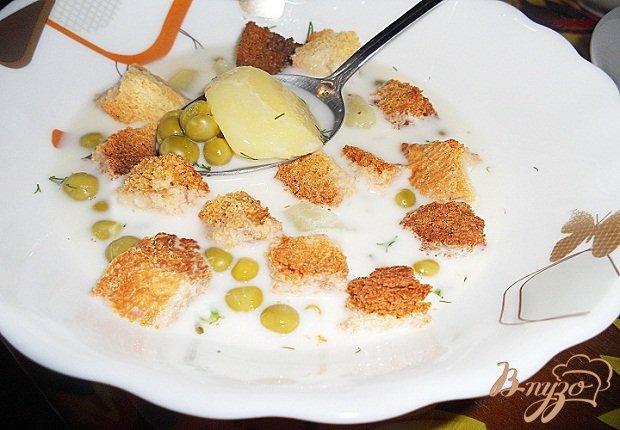 Фото приготовление рецепта: Сырный суп шаг №6