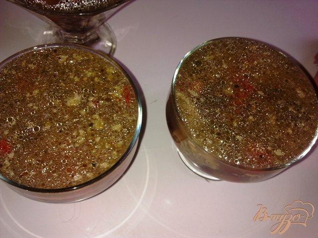 Фото приготовление рецепта: Говядина с овощами в желе шаг №7