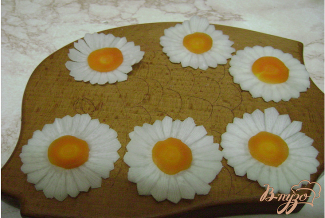 Фото приготовление рецепта: Салат из хрена шаг №5