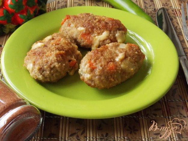 Рецепт Котлеты с сыром, морковью и сельдереем.