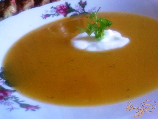 Фото приготовление рецепта: Суп-пюре из тыквы с сельдереем. шаг №11