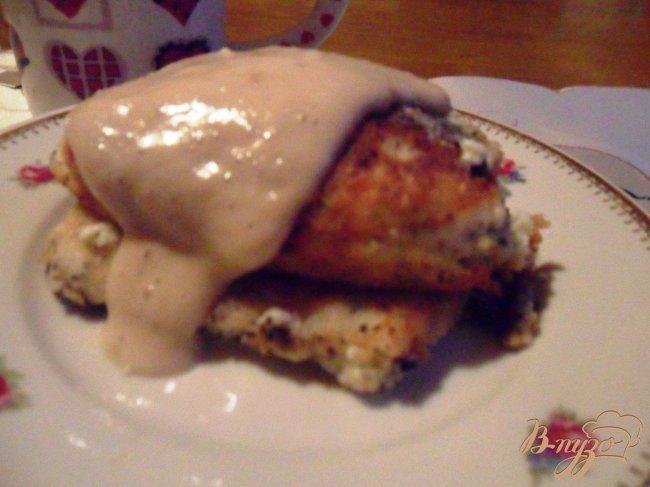 Фото приготовление рецепта: Маковые сырники с банановым соусом шаг №5