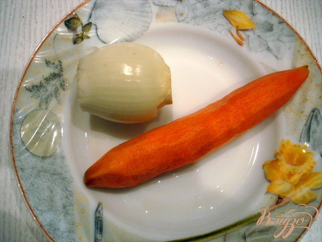 Фото приготовление рецепта: Рыбный суп из голов шаг №3